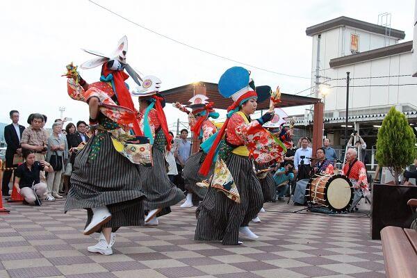 鶏舞、一関、地域活性化、伝統芸能、衣装、オリジナル