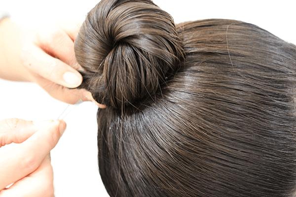 祭に合う女性の髪型(お団子)