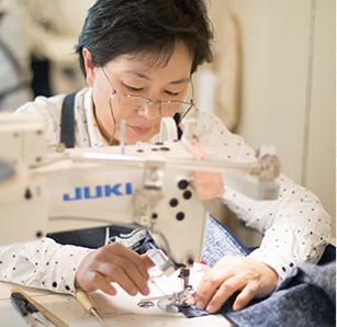 縫製の流れ 03 縫製