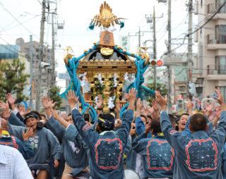 神輿(昼間)
