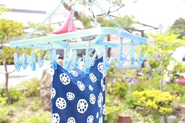 手拭い てぬぐい  水洗い 手入れ 干し方 天日干し 洗濯バサミ
