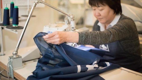 半纏の縫製職人