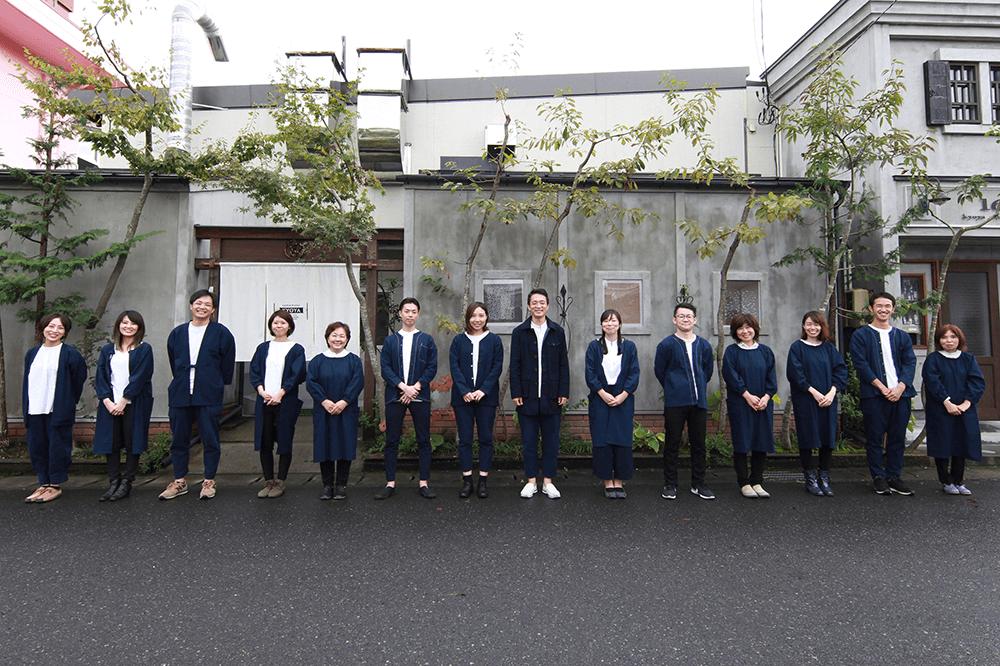 京屋染物店 メンバー集合写真2019